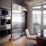 Fitted fridge, wine cellar, espresso machine, oven and microwave