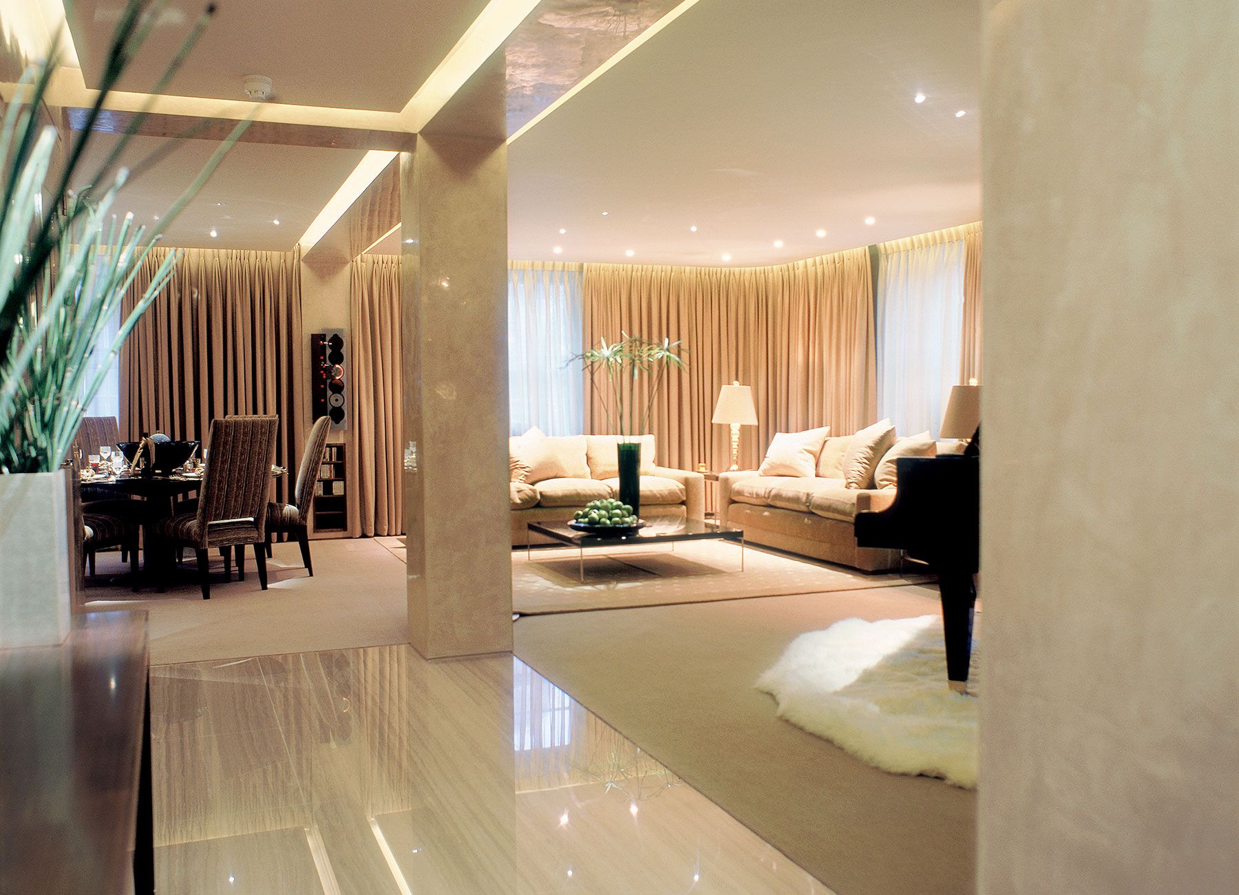 International luxury interior designers based in london for Interior designers based in london