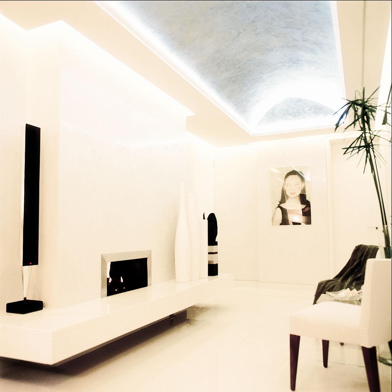 Using Light in Luxury Interior Design - Annabella Nassetti